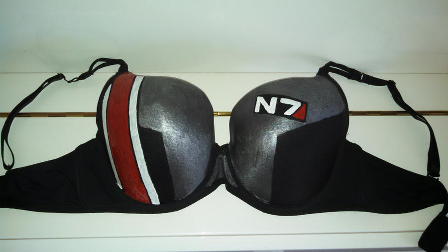 Mass Effect N7 Bra by Auzrill