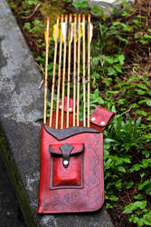 Leather Hip Quiver by Drocan