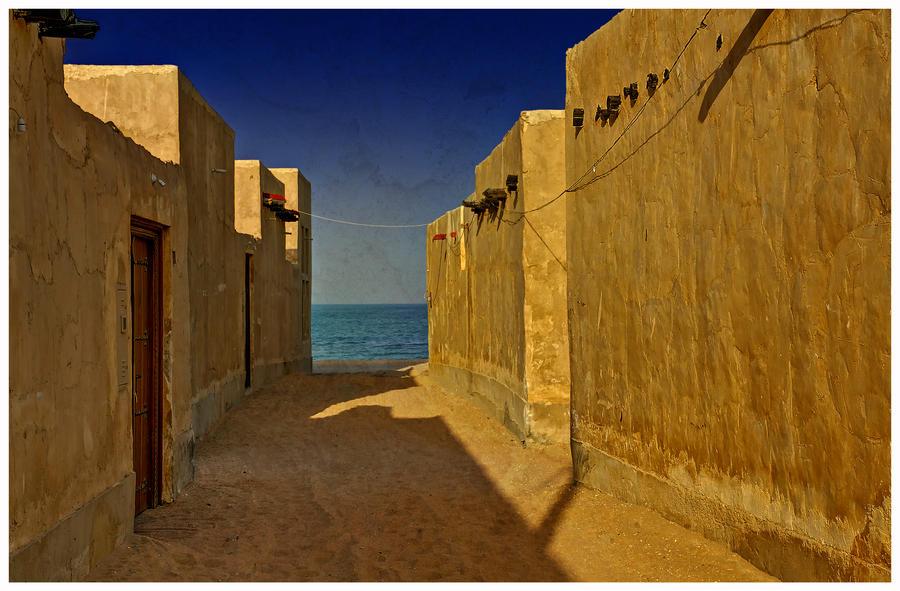 Qatar - Wakra Resort 04 - Passage to the sea by GiardQatar