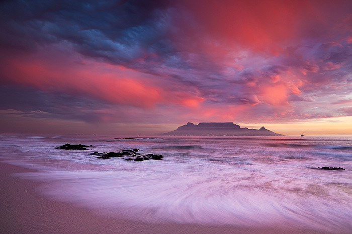 Iconic by hougaard
