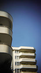 Two approaches of balcony geometry by loker