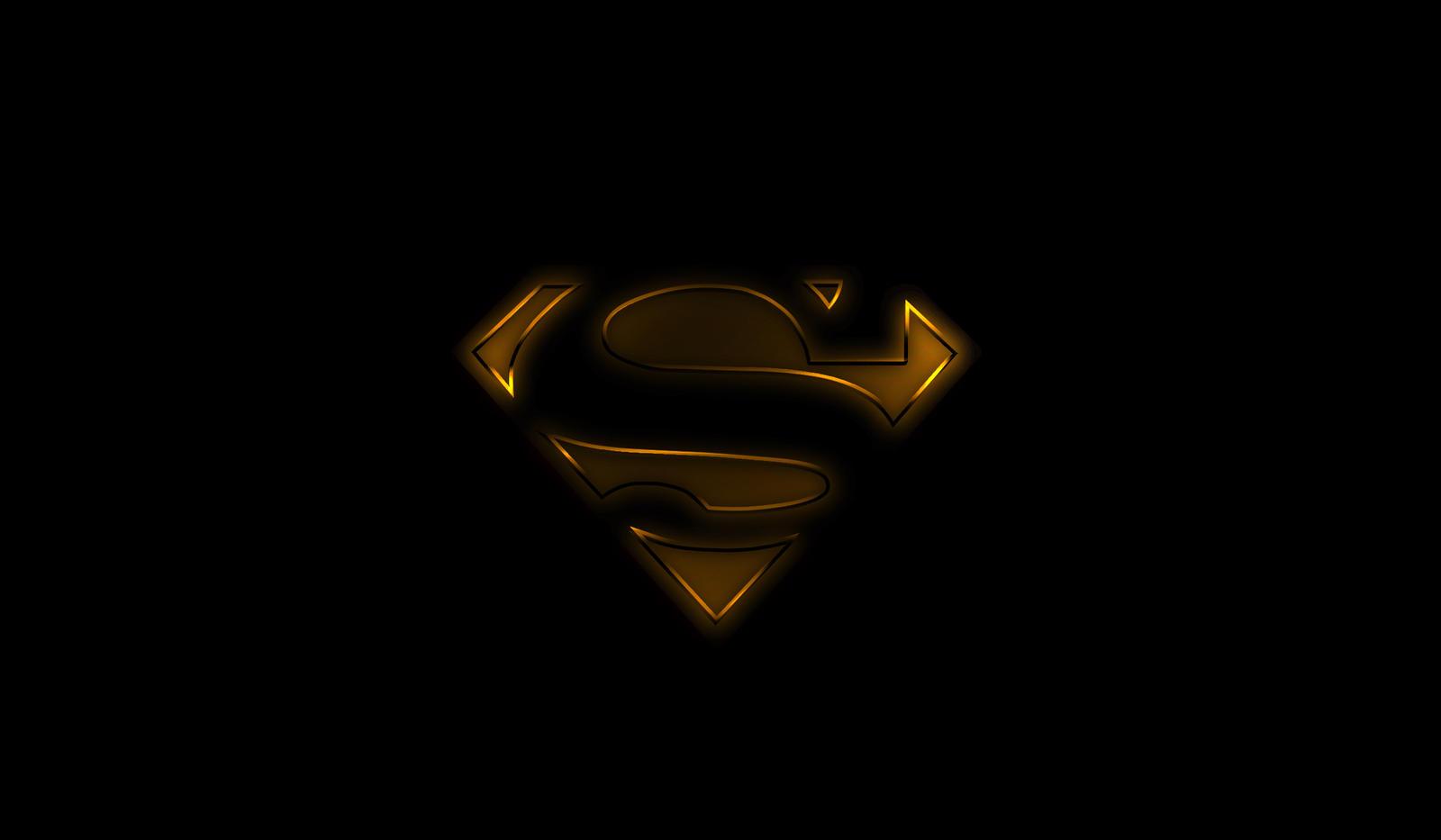 Superman Black And Gold By Wayanoru