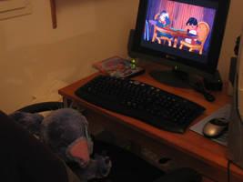Stitch watching 'Lilo and Stitch' by DiggerEl7