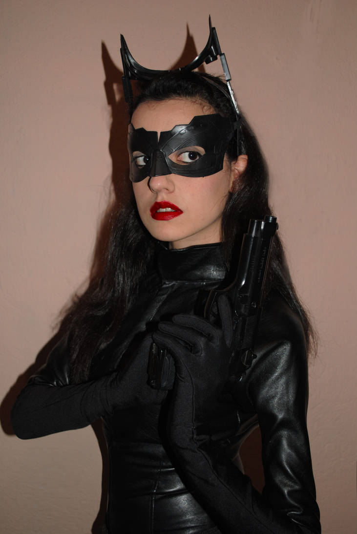 Selina Kyle - Catwoman Cosplay - tdkr by BabiSparrow on