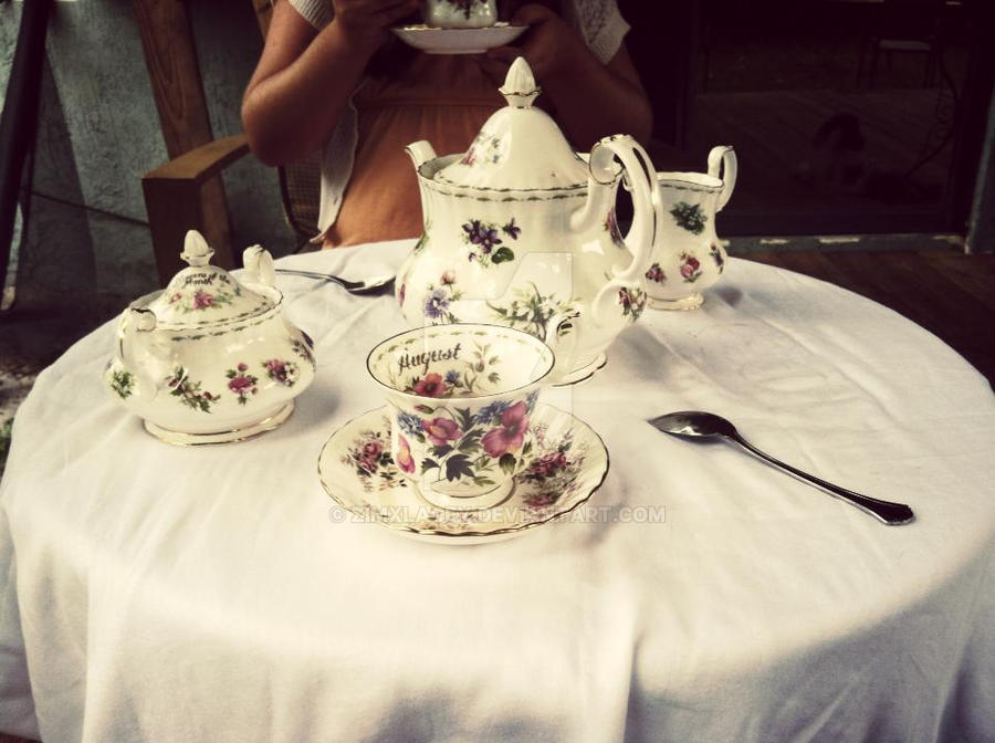 Tea party by zimxlacey
