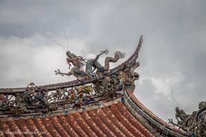 Longshan Temple by schelly