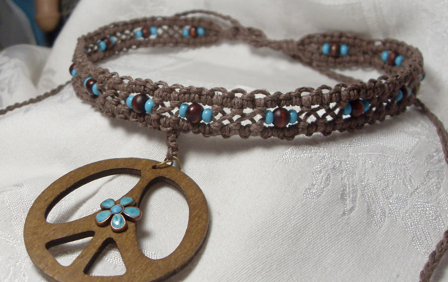 hippy happy hemp necklace by HempLady4u