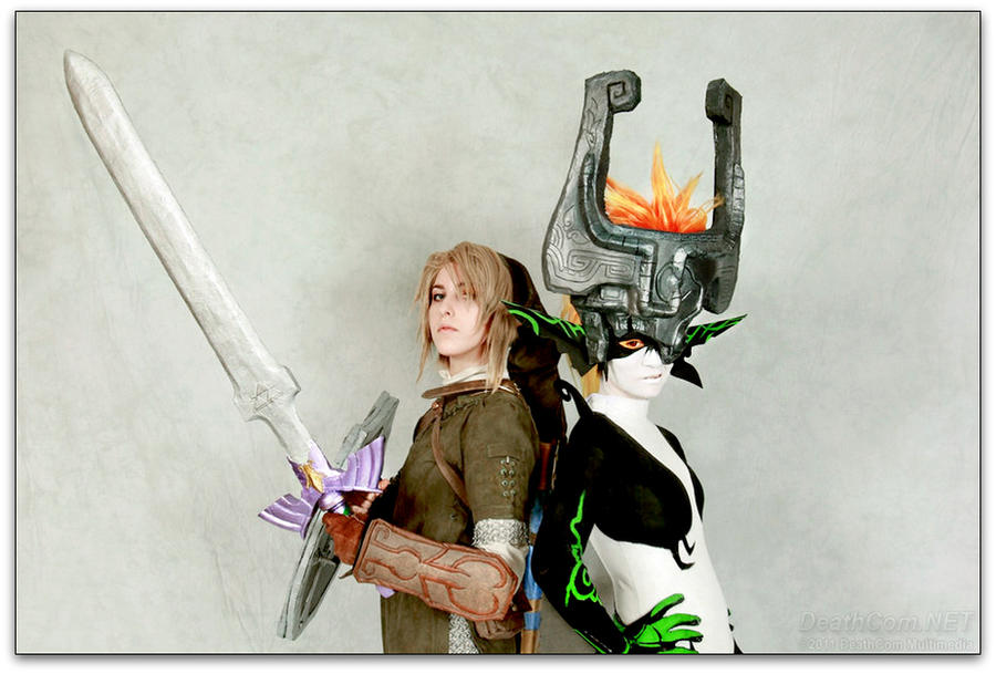 A Hero and Princess by JiiDragon