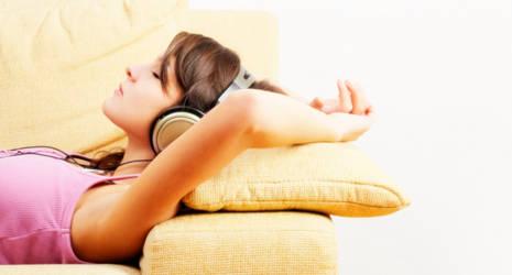 Headphones 2 Shine by Nightrunner760