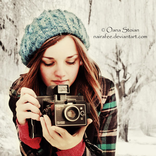 Girl With Camera by nairafee on DeviantArt