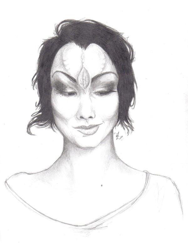Alien Smirk by Alisea