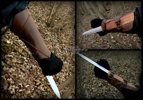 Secret assassin blade by Noir-Azur