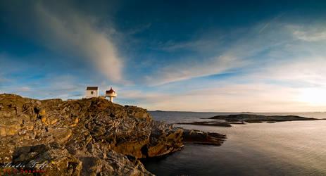 Fjoeloey fyr, Rennesoey, Norway by studio-toffa