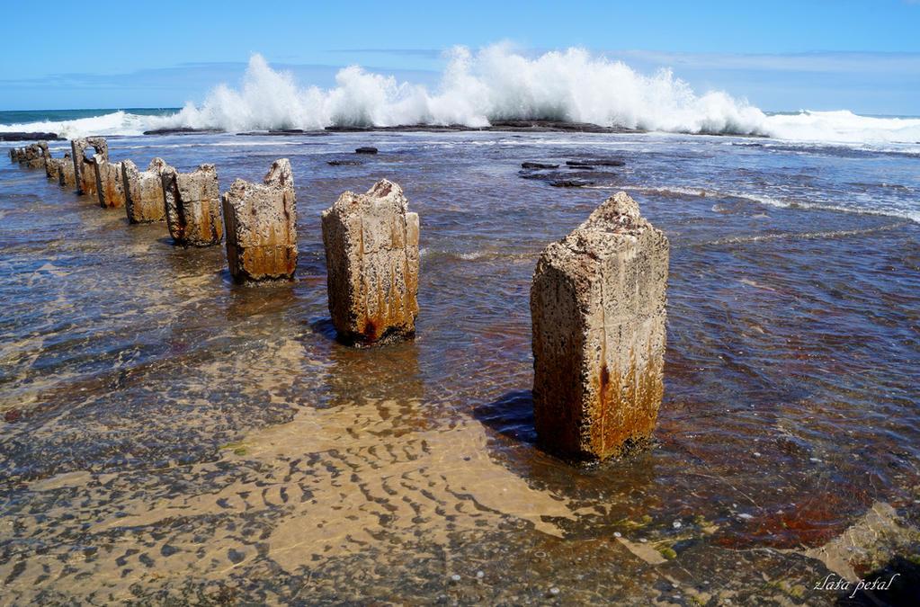 big splash around slabs by Zlata-Petal