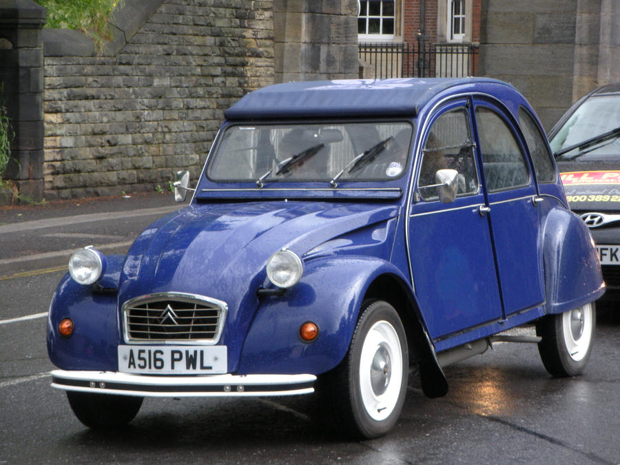 citroen 2cv in york by rlkitterman on deviantart. Black Bedroom Furniture Sets. Home Design Ideas