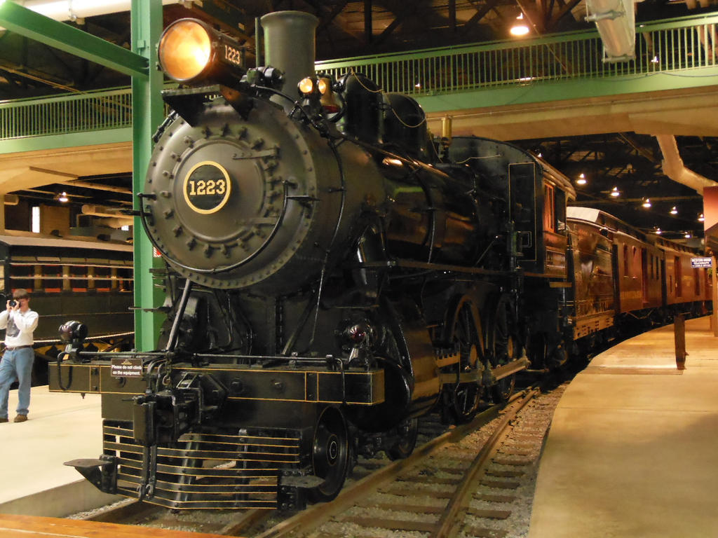PRR No. 1223 with Coaches by rlkitterman