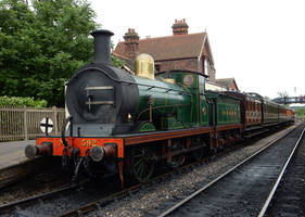 SECR C-592 with the 1.30 at Sheffield Park