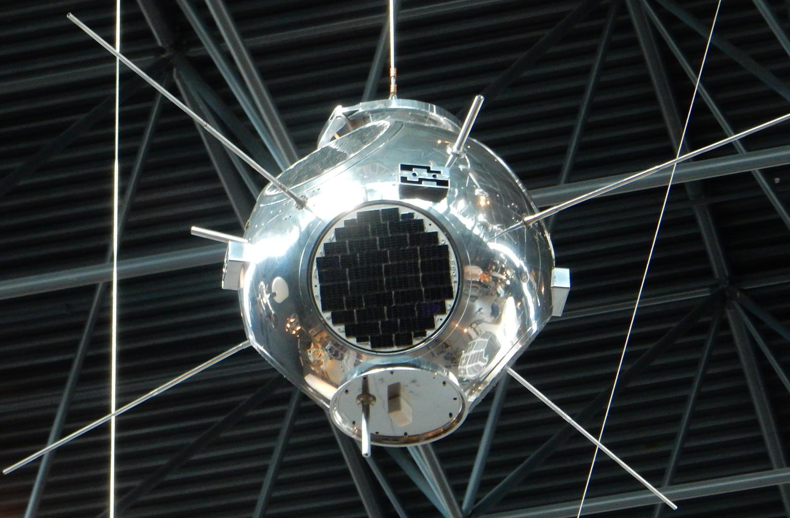 US Naval Research Laboratory LOFTI-1 Satellite by rlkitterman