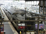 SNCF 215052 and 567450 at Paris Gare du Nord