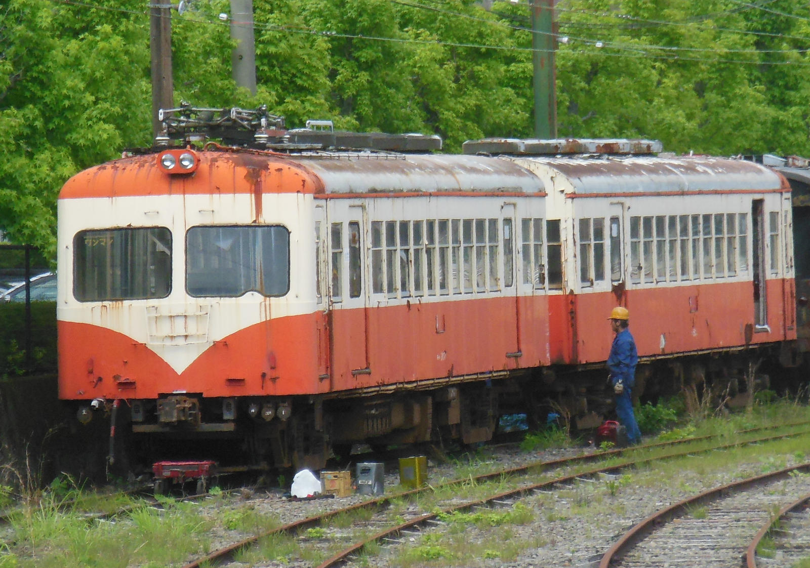 Seibu 351 Inspection at Senzu before Scrapping