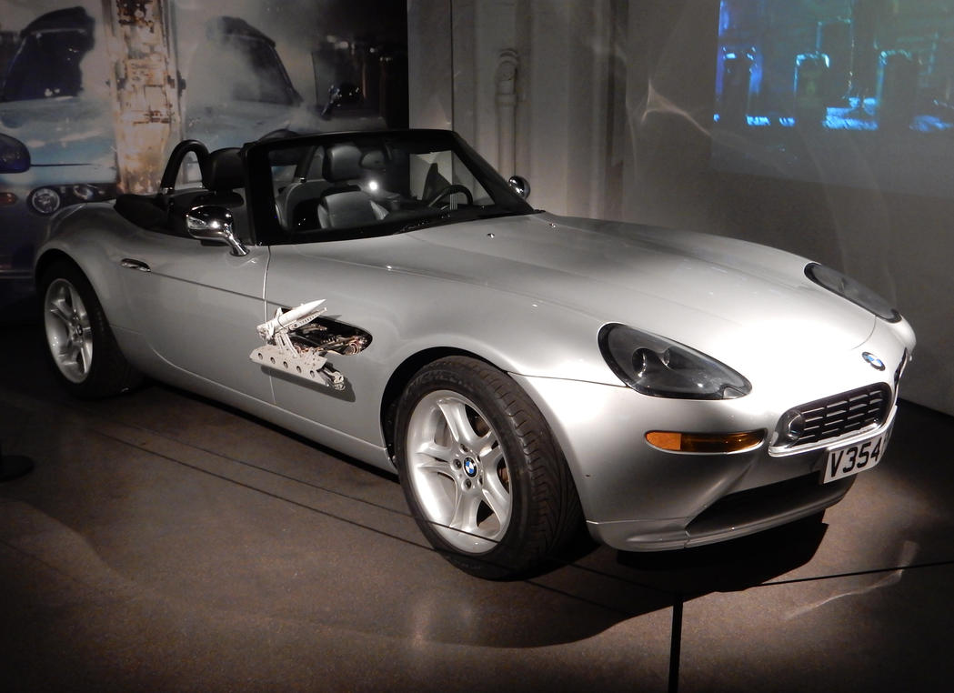 The World Is Not Enough 007 Custom Bmw Z8 By Rlkitterman