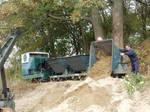 DSCN4683 Unloading Simplex 44 Sand Train