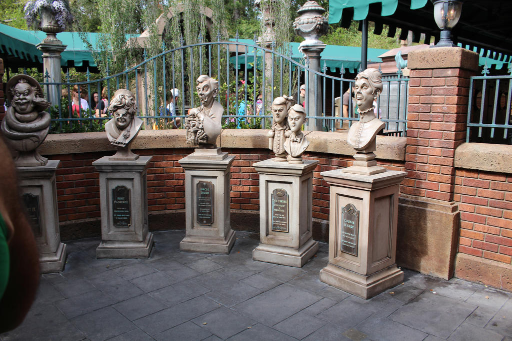 Haunted Mansion by carcrashinghearts