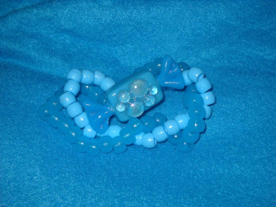 blue candy kandi by toxiclysweet