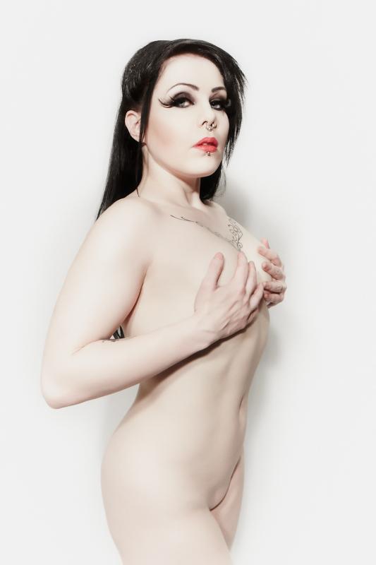 Snow White by WritheShine