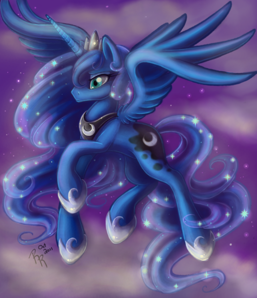 Luna Redone by KissTheThunder