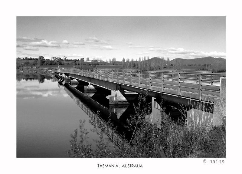 Mirror bridge by nains