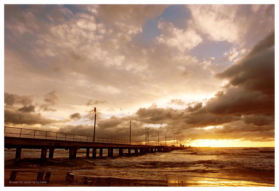frankston pier by nains