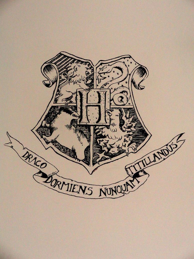 Hogwarts Crest By Axxxa06 On Deviantart