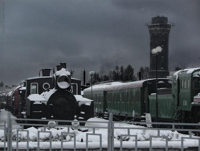 Locomotives by Rilrae