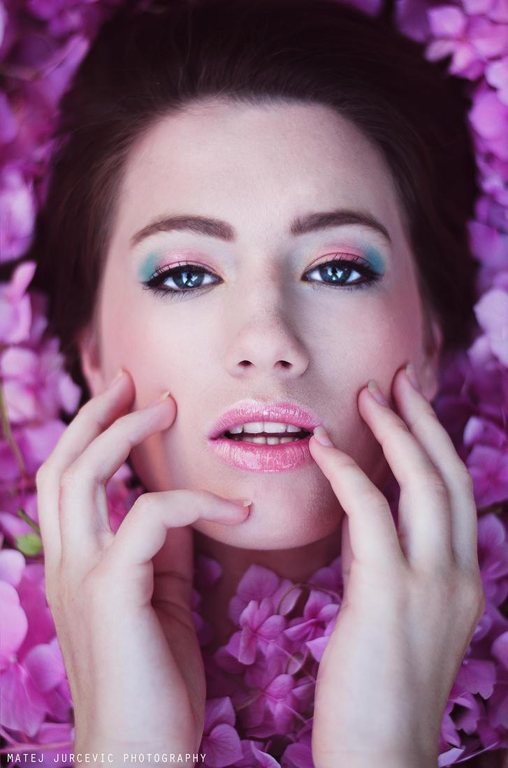 Flower Power by JuraPhoto01