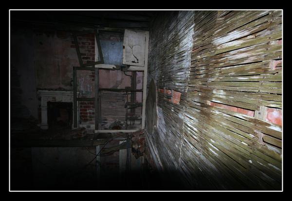 old  house 2 by jasonshawcross