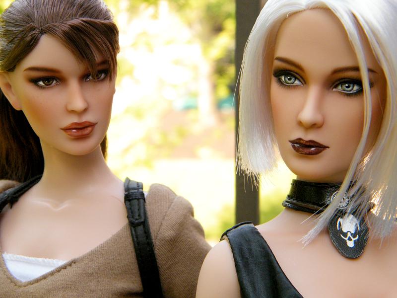 Amanda and Lara Tonners by EngelMech