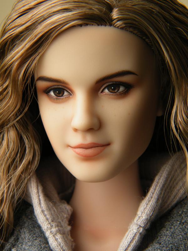 Hermione repaint 2 by EngelMech