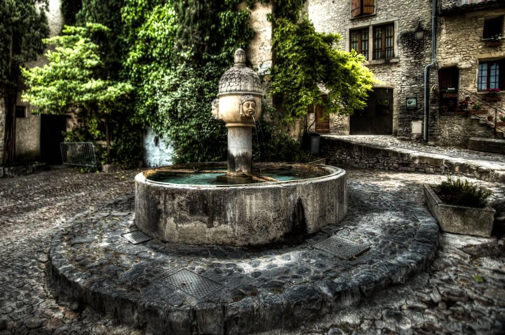 fontaine Vaison la romaine
