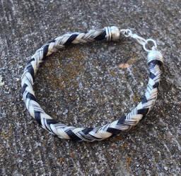 Braided Horsehair Bracelet - Houndstooth