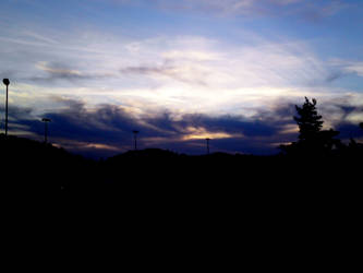 Beautiful sky by KoseMoseGlitterKua
