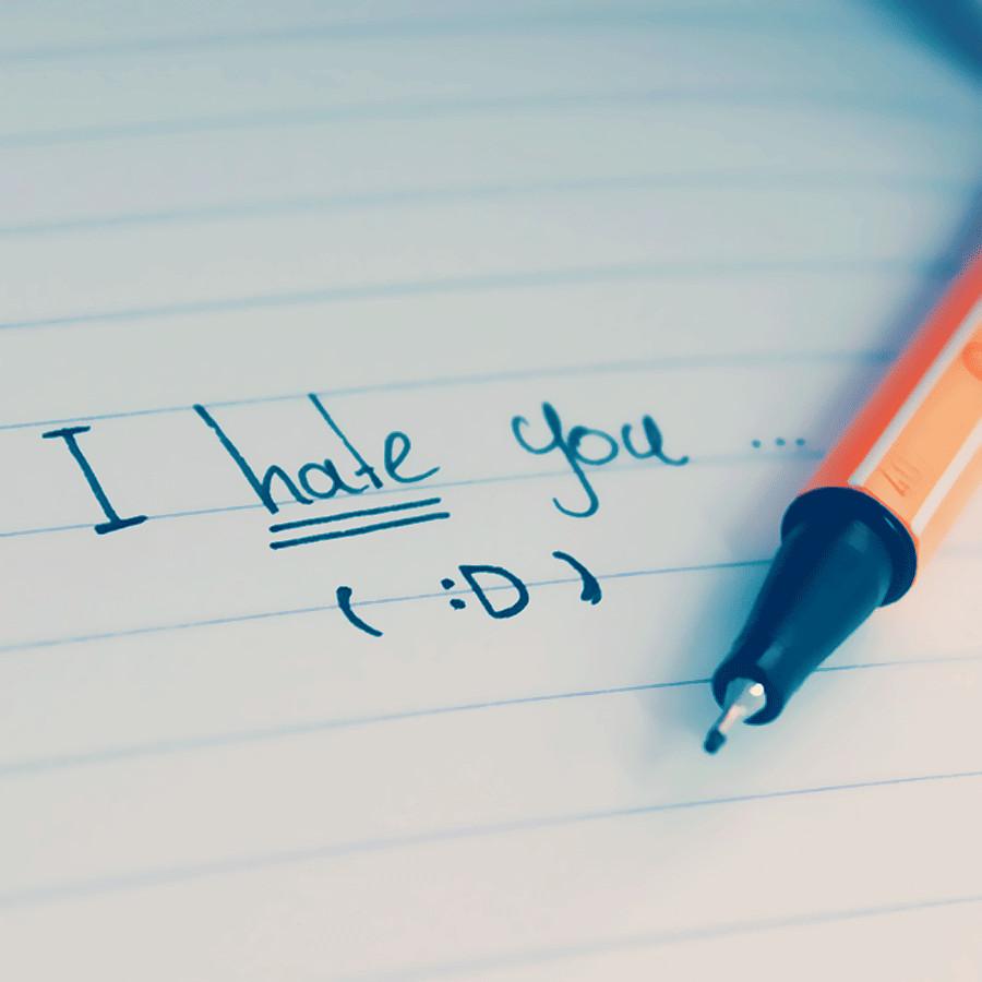 I hate you... by des-goddess
