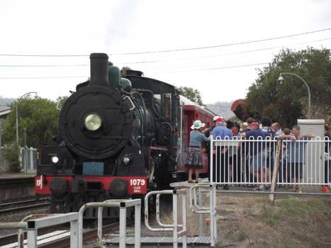 BB18 1/4 No.1079 at Laidley station platform 1