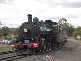BB18 1/4 No.1079 light engine at Laidley