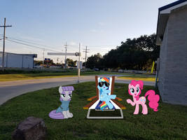 Ponies Chillaxing On The Grass At The Carwash by PrinceDuskstripe