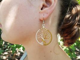 Trees of Valinor earrings by jessy25522