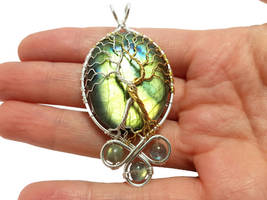 Trees of Valinor with Silmarils by jessy25522