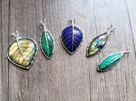 Leaf pendants by jessy25522