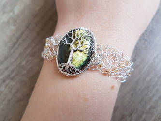 Labradorite bracelet by jessy25522