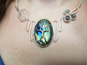 The two trees necklace.